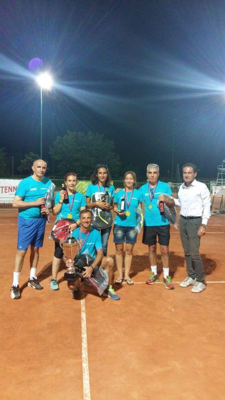 La squadra Ferrer premiata dal Maestro Massei: Bozzo,Delogu,Bussu,Petrucci, Mureddu, Olia