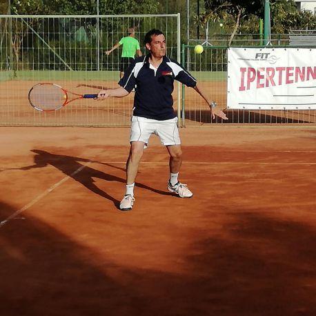 Andrea Mulas (Ipertennis) è stato eliminato in un match equilibrato da Angelo Romano (tc Castelsardo)