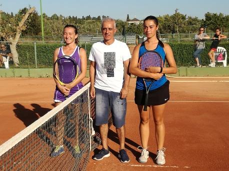 Le due Finaliste con Sergio Loriga, nell'occasione arbitro ufficiale